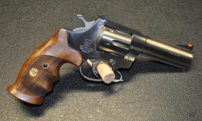 Revolver Alfa Proj 22Lr -- 4