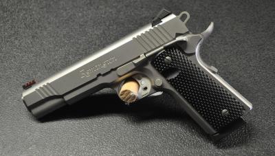 Remington 1911 R1    Enhanced Stainless